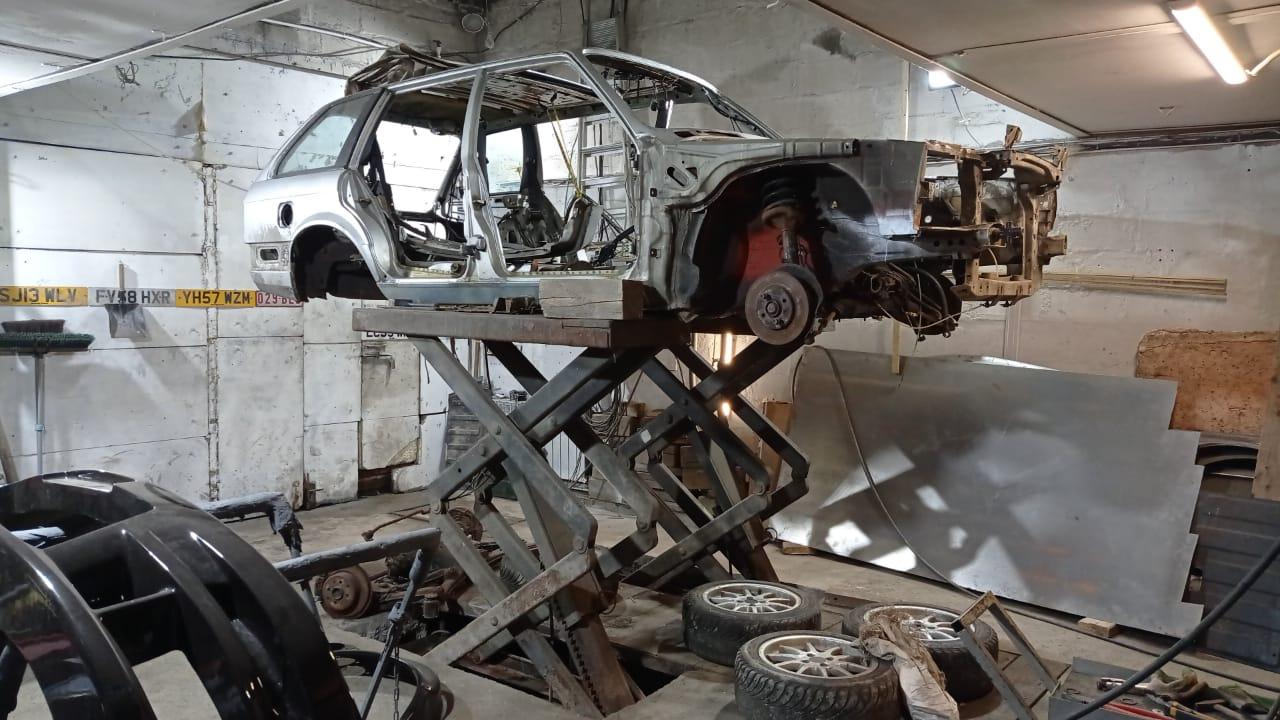 Е30 универсал в кузовном ремонте